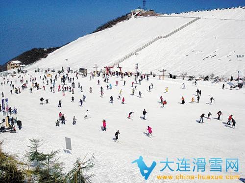 安吉天荒坪滑雪场