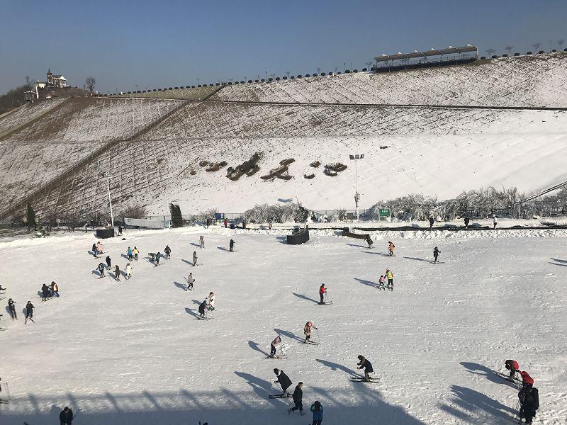 安吉滑雪场