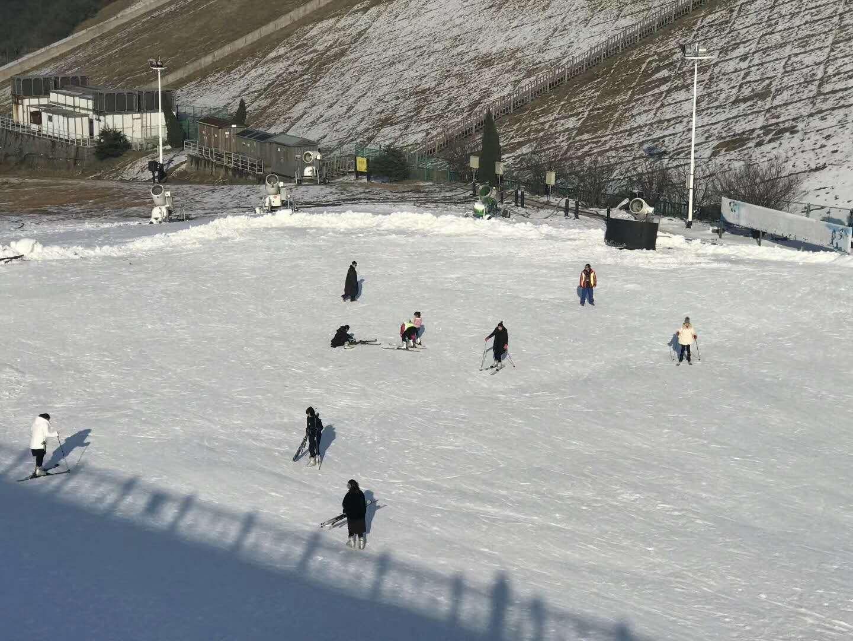 安吉江南天池滑雪场