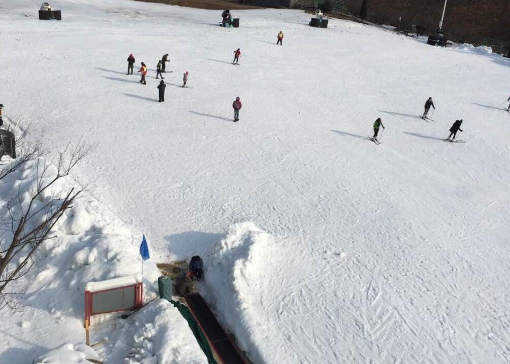 安吉天池滑雪场